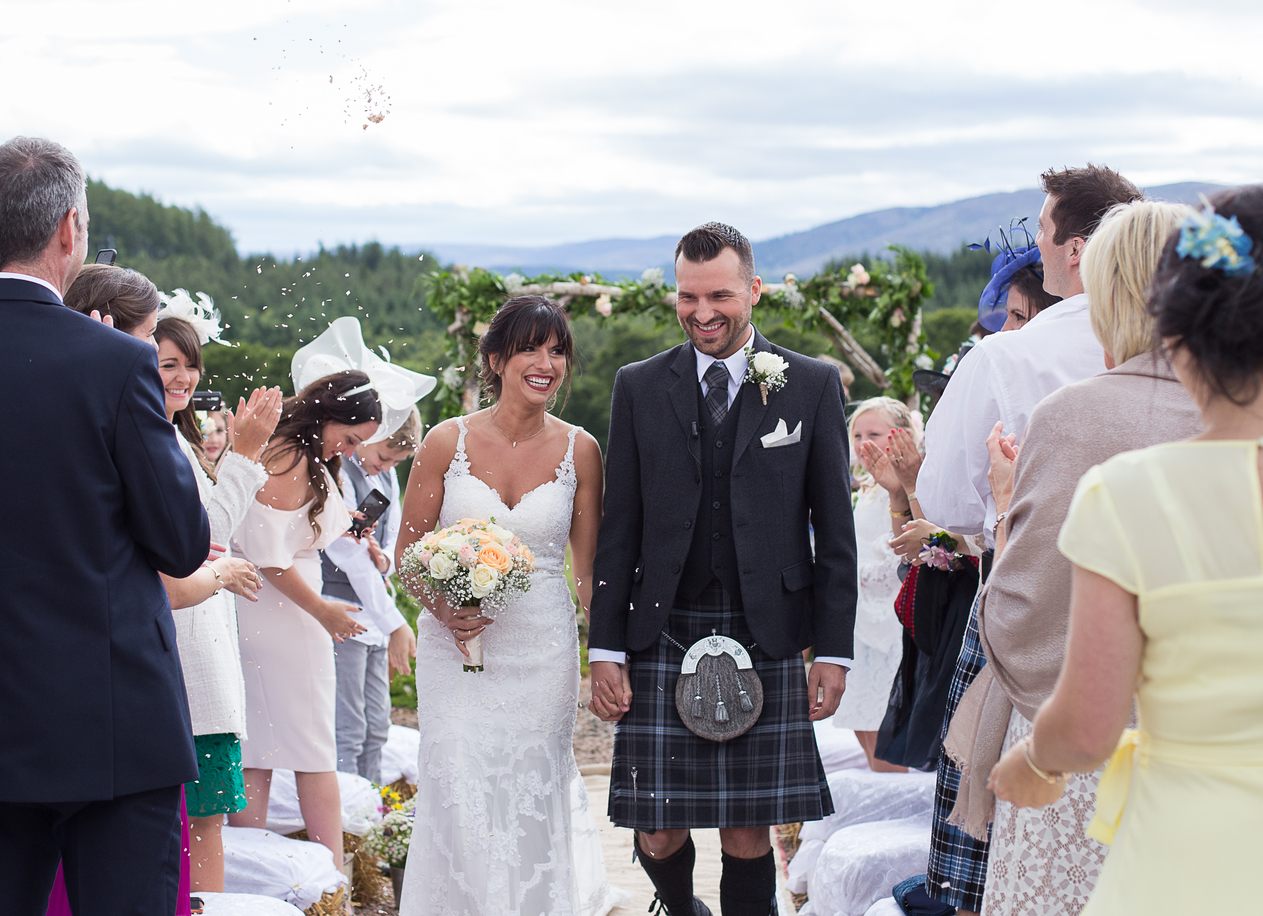 outdoor wedding Aberdeen, wedding photographer Aberdeen, wedding photographers Aberdeen