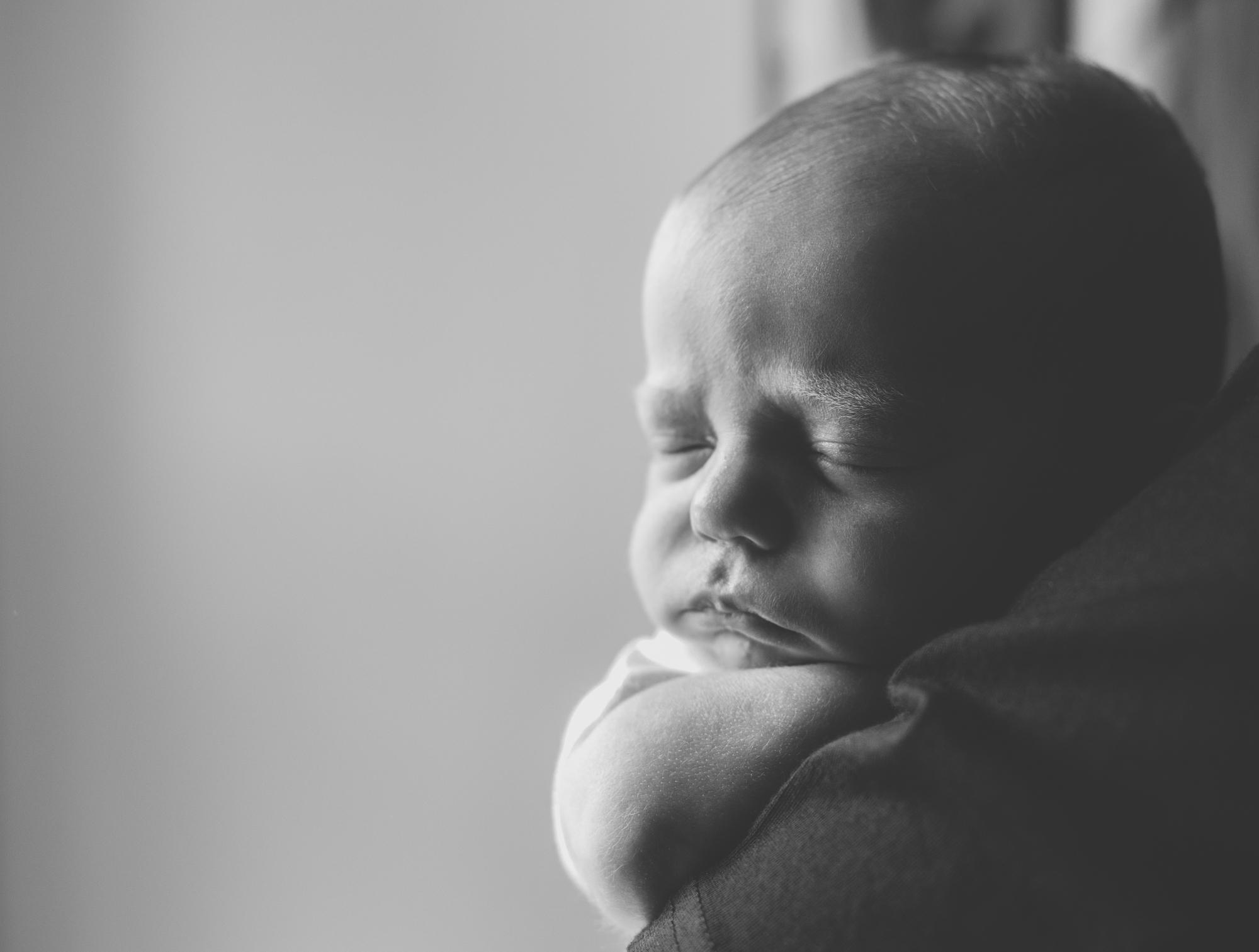 newborn photographer in Aberdeenshire