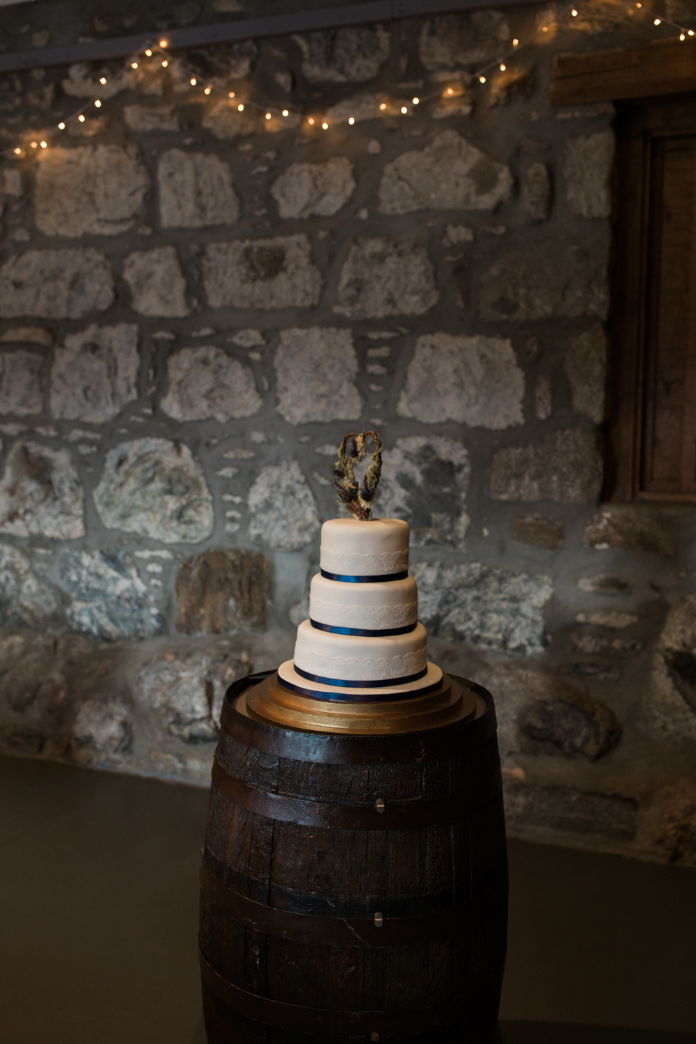 aberdeenweddingwoodendbarn (9 of 20).jpg