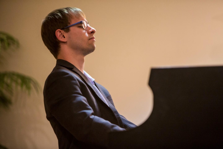 Nick Weiser, piano