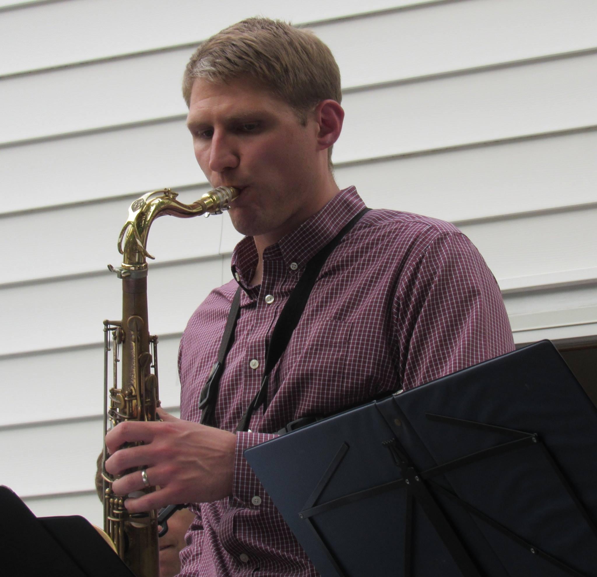 Matt Clauhs,tenor sax