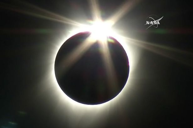 Solar-Eclipse-2017-LIVE-Watch-as-the-moon-passes-in-front-of-the-sun-in-rare-celestial-event.jpg