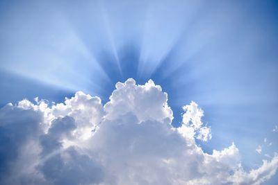 clouds-5b6b4e50c9e77c0050491212.jpg