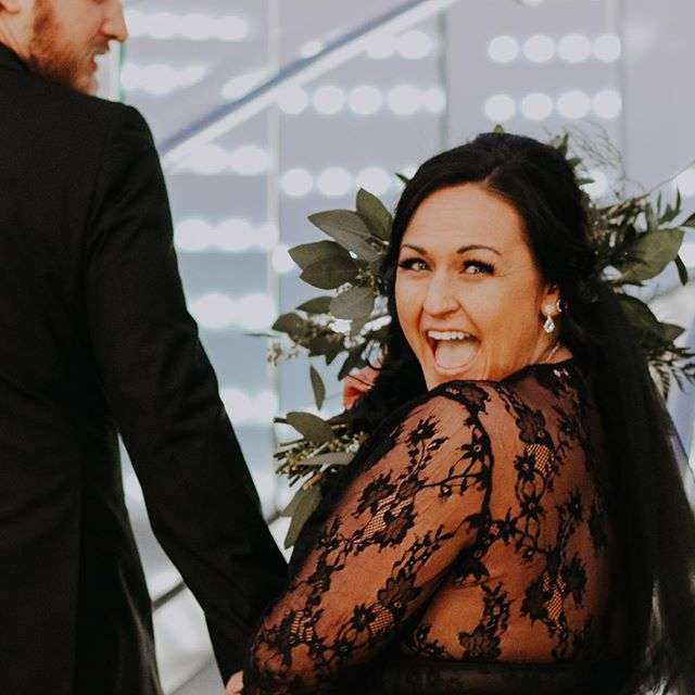 That just married feeling 🖤✨ Forever obsessed with @justhaleywest . . . . #jessicasnyderphotographyanddesign #jessicasnyder #weddingphotographer #justmarried #vaphotographer #ohphotographer #marriage #wedding #celebration