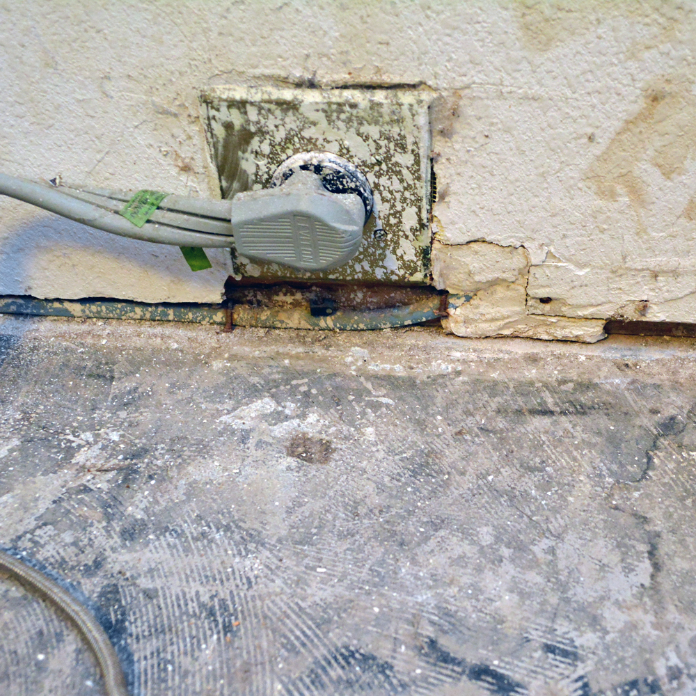 The Extent Of The Original Wiring Just Old Romex Cable With