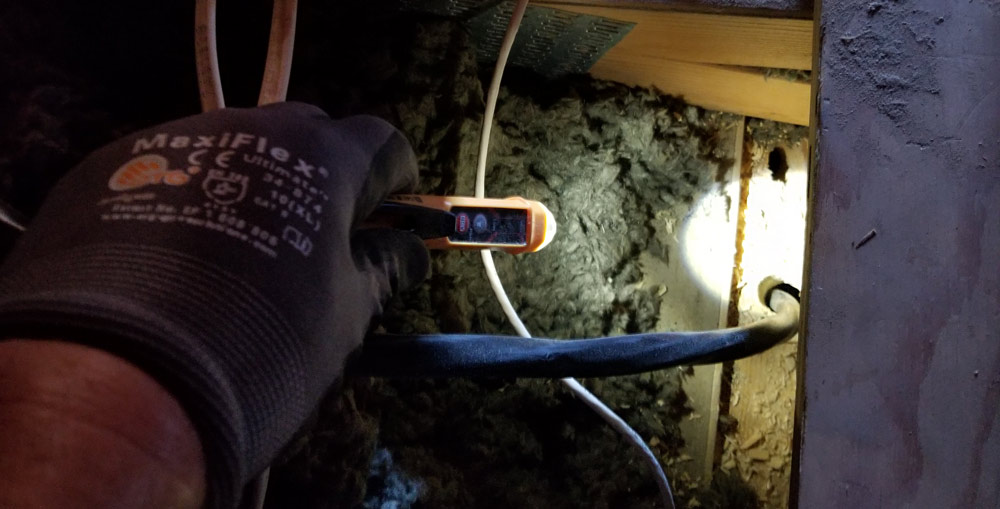 wire_klein_voltage_tester_flashlight