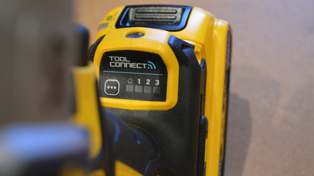20V MAX* XR® Tool Connect™ Impact Driver (DCF888)