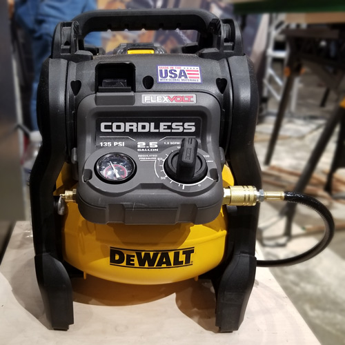2.5 Gallon Cordless Air Compressor (DCC2560)