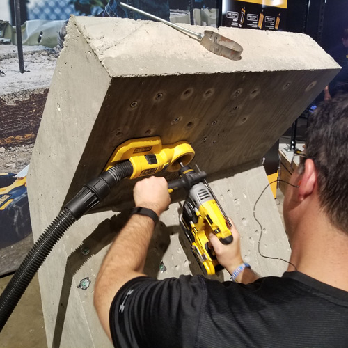 14_Dewalt_dust_collector_hammer_drill.jpg