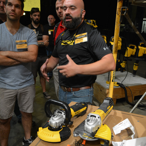 15_dewalt_grinder_dust_collection.jpg