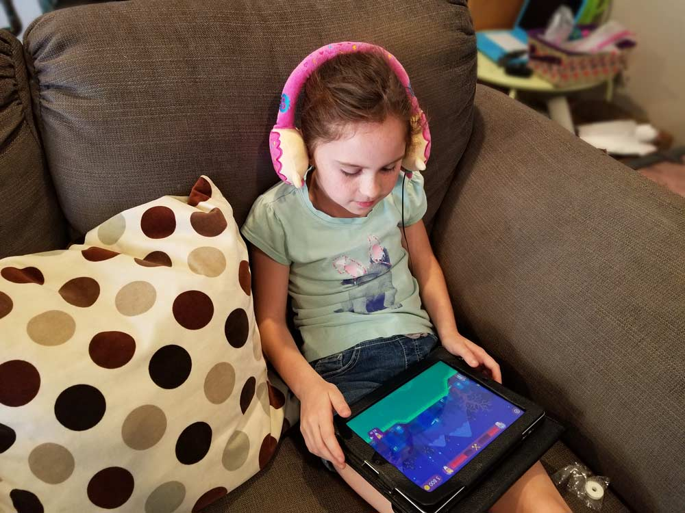 shopkins_headphones.jpg