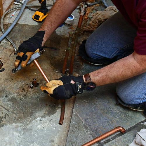wire-brush-copper-plumbing.jpg