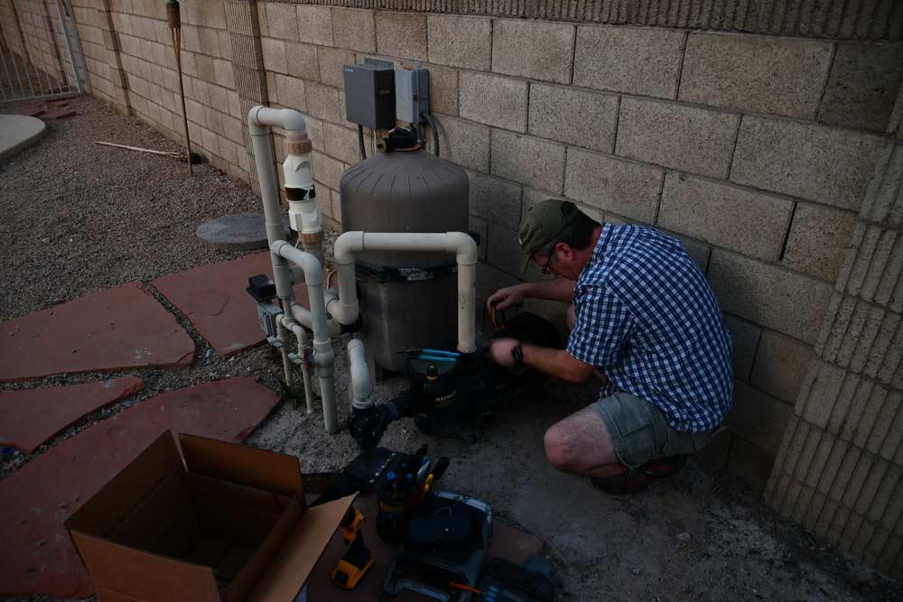 3-pool-motor-repair.jpg