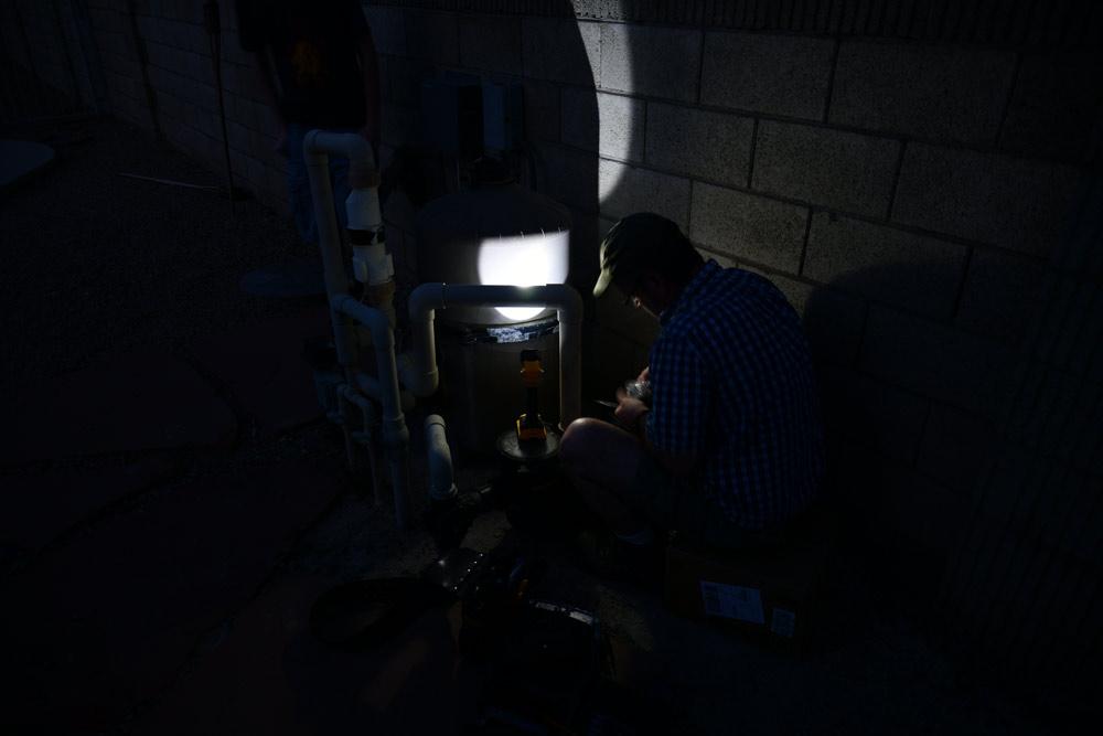 5-working-in-the-dark.jpg