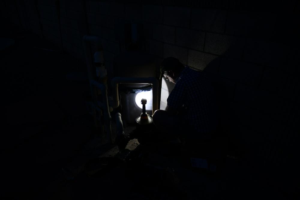 6-DIY-in-the-dark.jpg