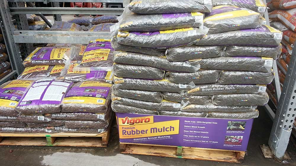 08-pallet-of-rubber-mulch.jpg