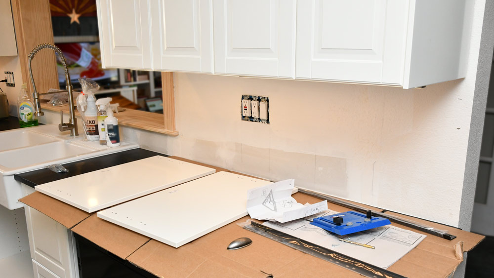 Cover those countertops!