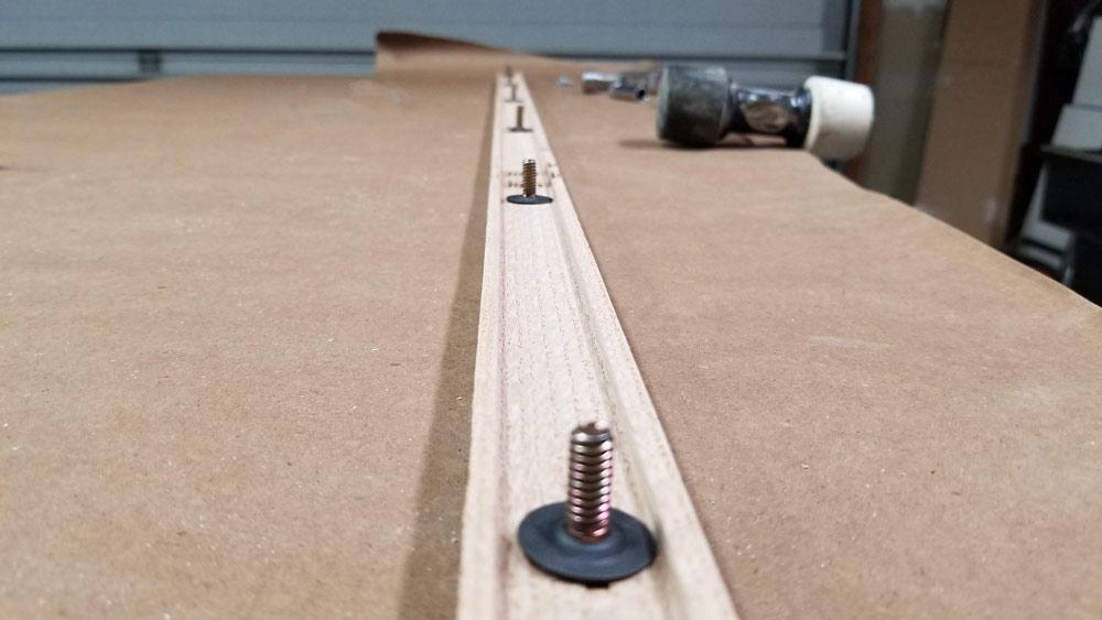 05-threshold-adjusting-screws.jpg