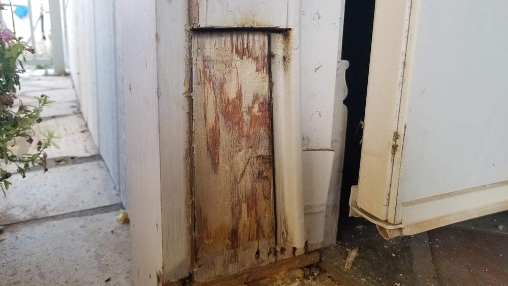 05-removed-door-casing.jpg