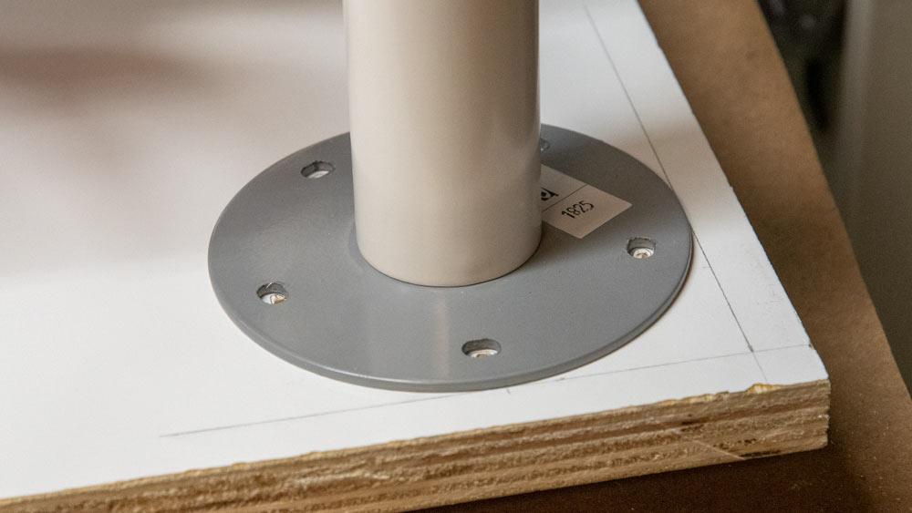 7-table_leg.jpg
