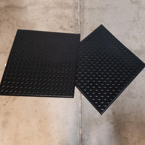 00-decorative-ceiling-tiles-diamond-plate.jpg