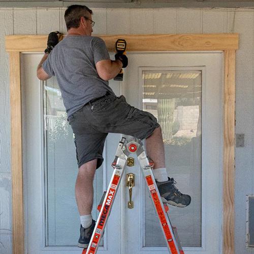 09-ladder-lean-wearing-keen-boots.jpg