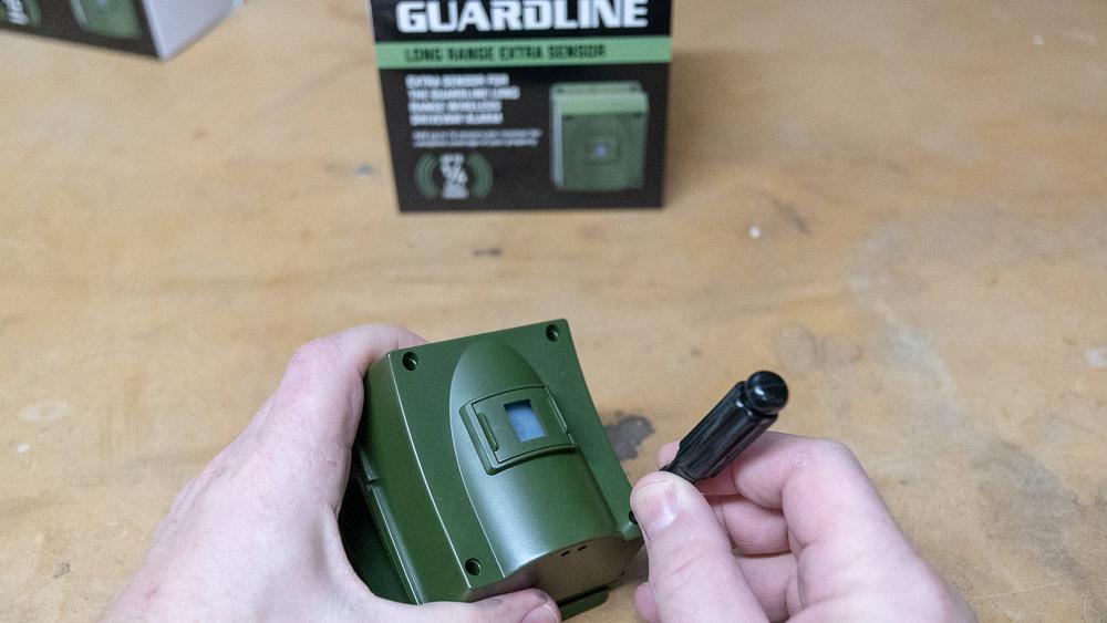 02-opening-guardline-sensor.jpg