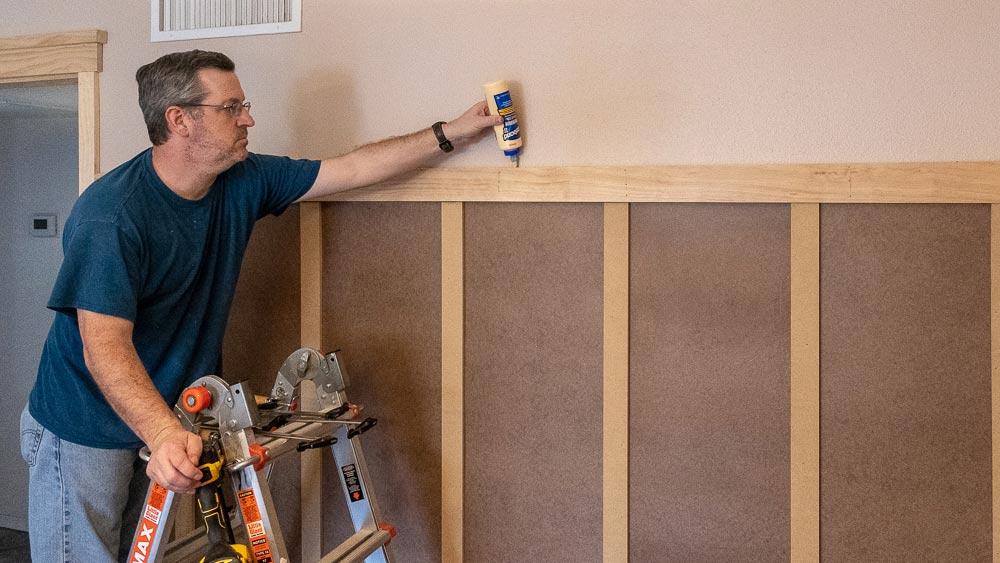 wood-glue-plate-rail.jpg