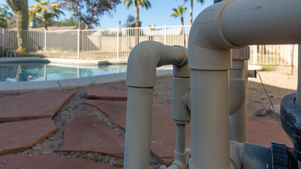 pool-pump-pipes.jpg