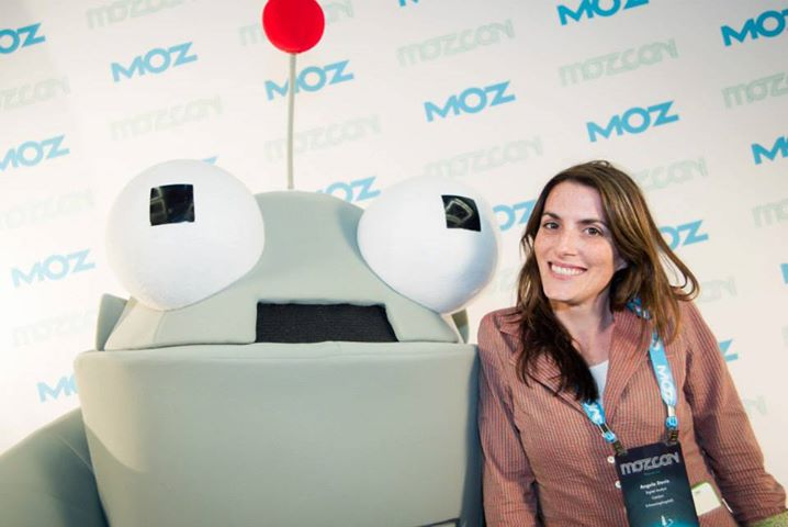Amazing Angela D and Rogr Robot at MozCon 2013