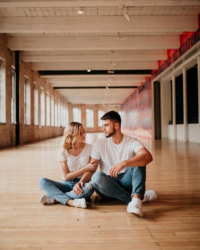 In a museum filled with the most captivating art, they still couldn't keep their eyes off of each other 👁 . . . . . . . . . . . . #gavril #newengland #photographer #d750 #weddingphotographer #massachusetts #connecticut #engagementphotographer #massmoca #museum #wedding #newenglandphotographer #couples #connecticutphotographer #engagement #engagementinspiration #artphotographer #lookslikefilm #adventurephotography #eastcoastphotographer #adventurousstorytellers #adventurouslovers #belovedstories #massachusettsphotographer #photography #junebugweddings #weddingwire #soloverly #epicloveepiclife