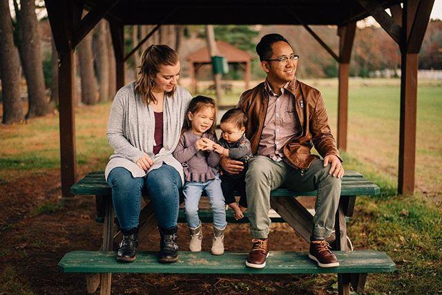 Park adventures! 💫 . . . . . . . . . . #gavril #newengland #photographer #d750 #massachusetts #connecticut #familyportrait #familysession #thebloomforum #lookslikefilmkids #familyfun #familyphotographer #dirtybootsandmessyhair #thefountcollective #colorchasechallenge #ccc_brown #parenthood_moments #thehonestlens #portrait_perfection