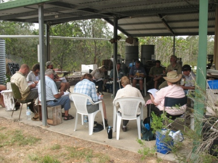 Flexible training and open learning in an outdoors classroom – participants at the Certificate III Agriculture (Beekeeping) course in Queensland Photo courtesy Carmel Burnham