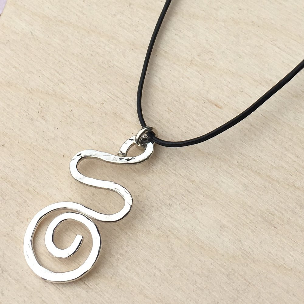 Simply leather necklace