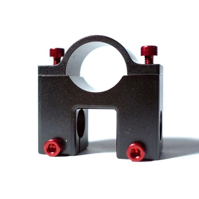 New black anodized DAISHO gimbal clamps are up for sale and they are almost 40% off the original price! Link in bio.