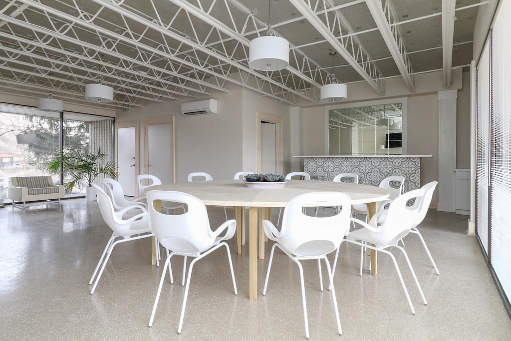 Meeting space #8.jpg