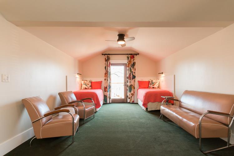 Room 9 BR.jpg