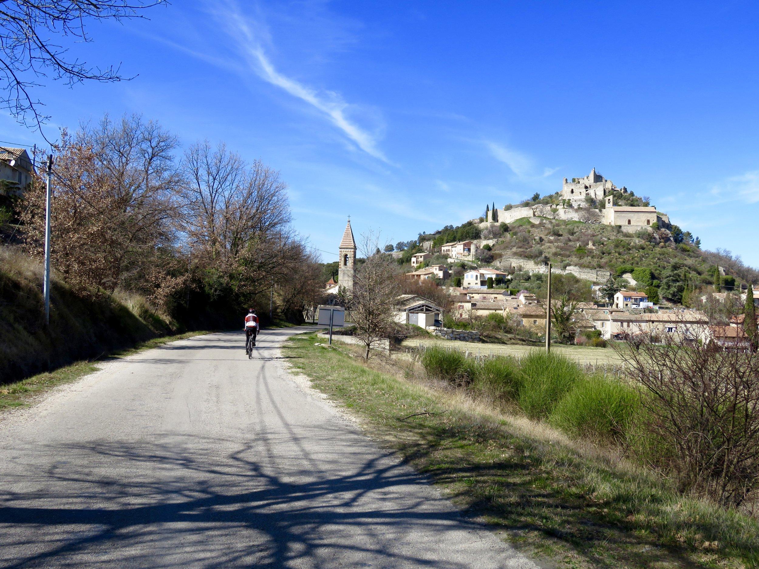 Entrechaux: Yet another beautiful village of the  Côtes du Rhône