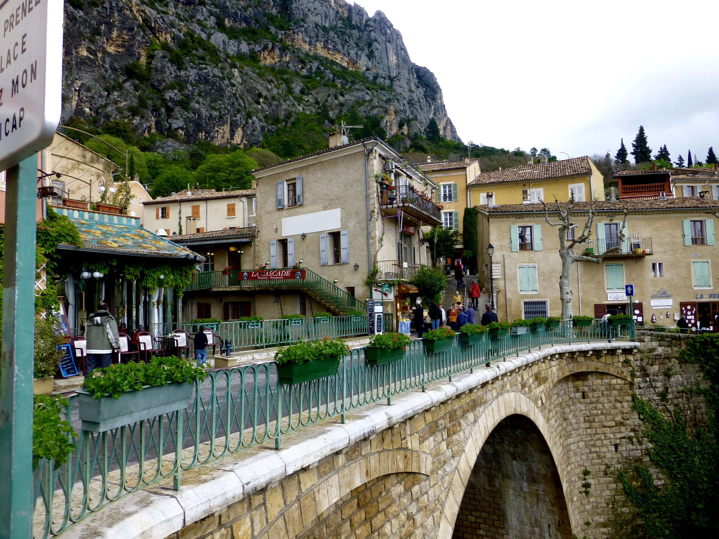 Charming Moustiers-Sainte-Marie