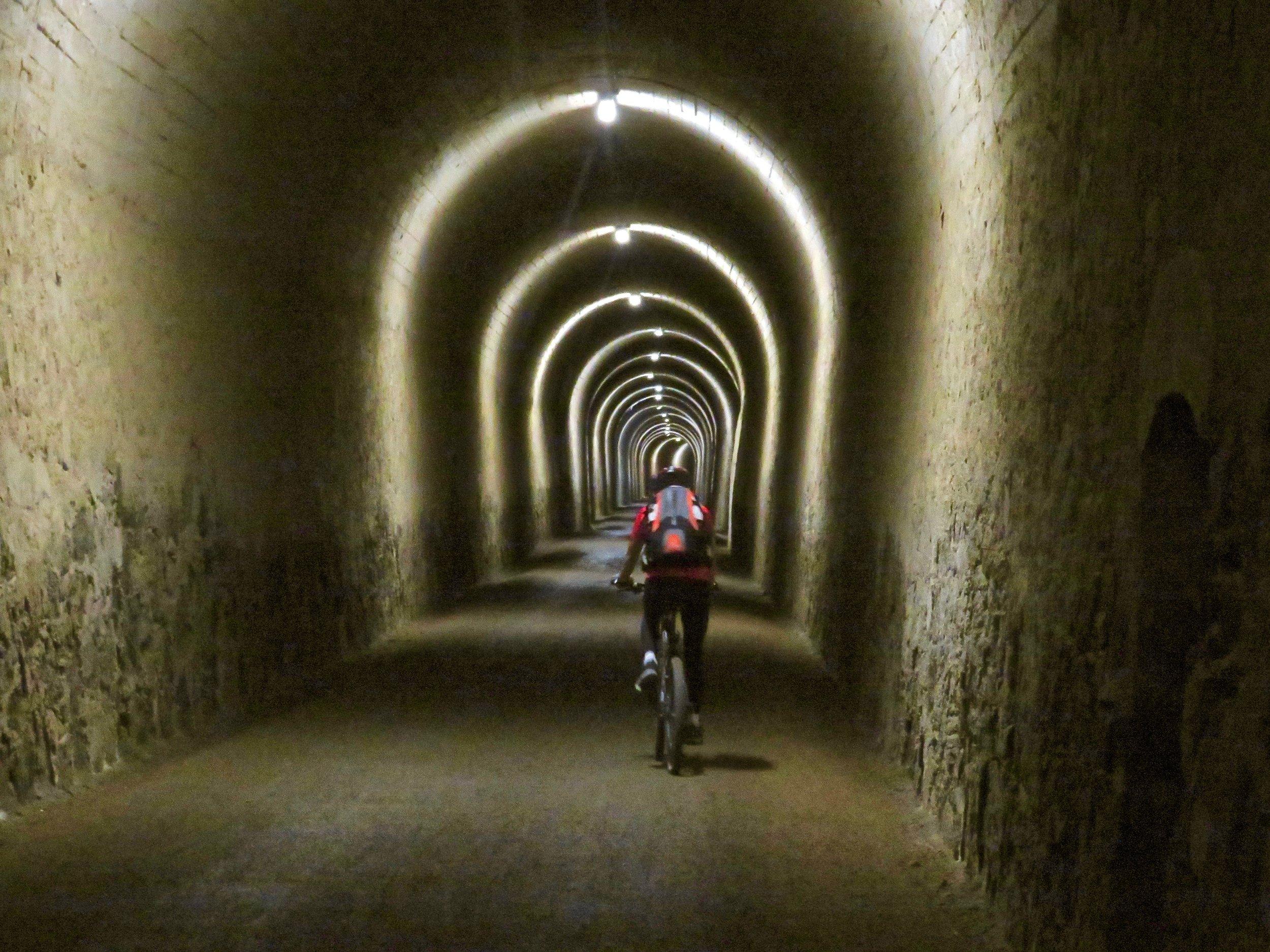 Lots of tunnels, not much light! Via Verde de la Sierra