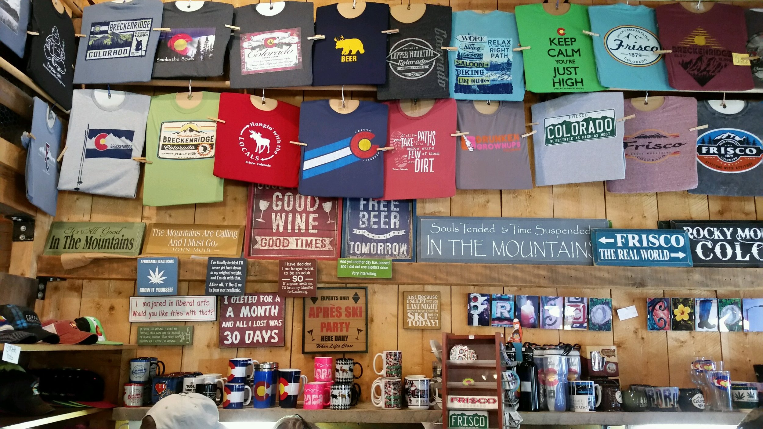 Round The Mountain Gift Shop