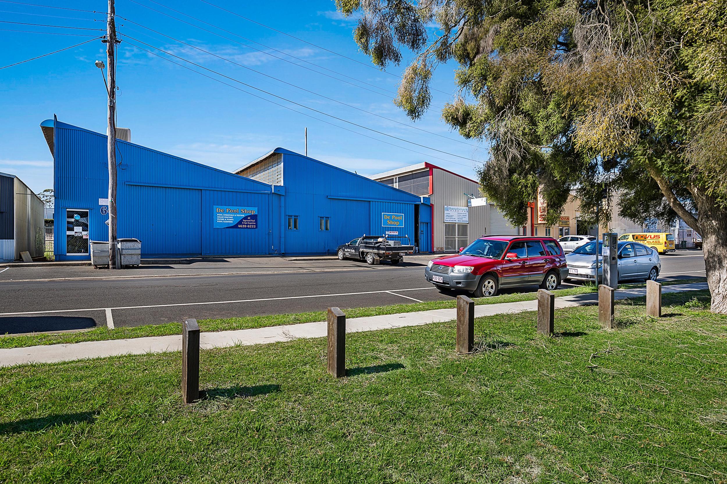 Toowoomba Pool Shop.jpg
