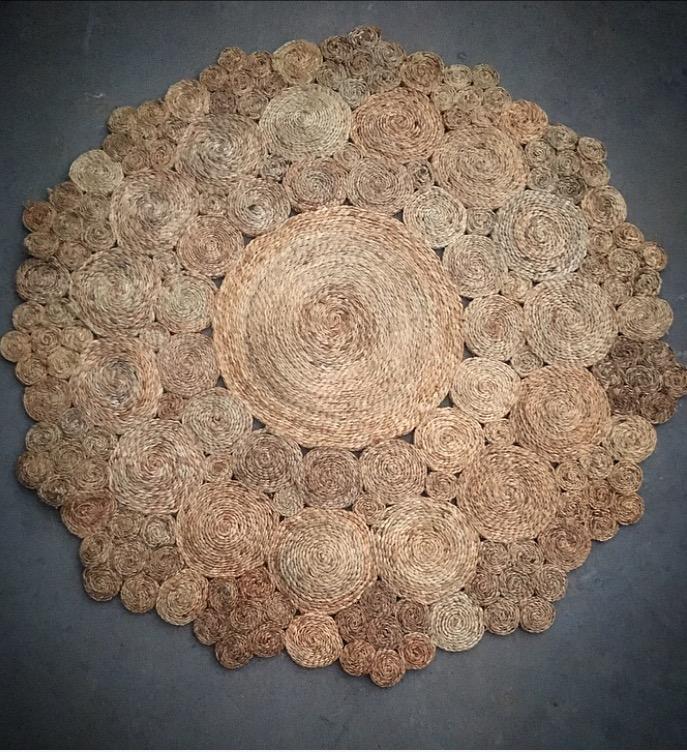 Large Round Jute Rug  150cm round  $40