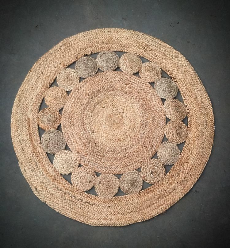 Medium Round Jute Rug  110cm round  $30
