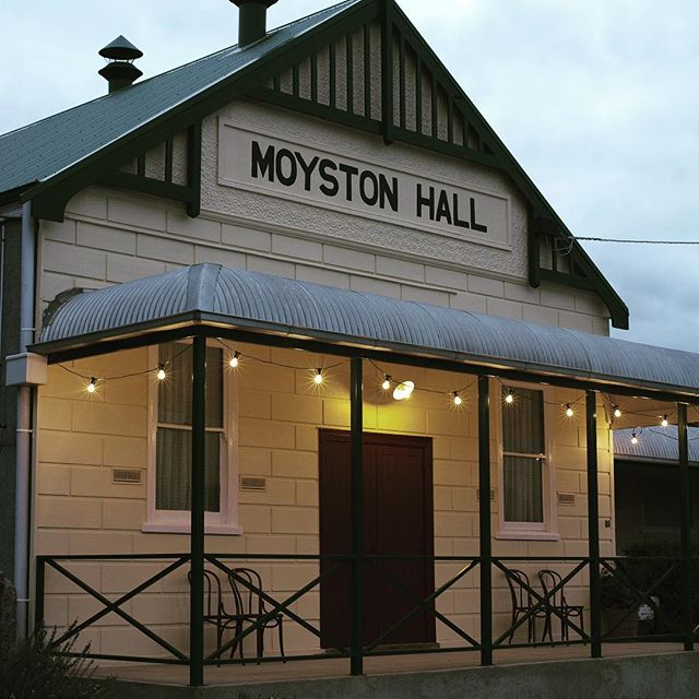 Moyston Hall