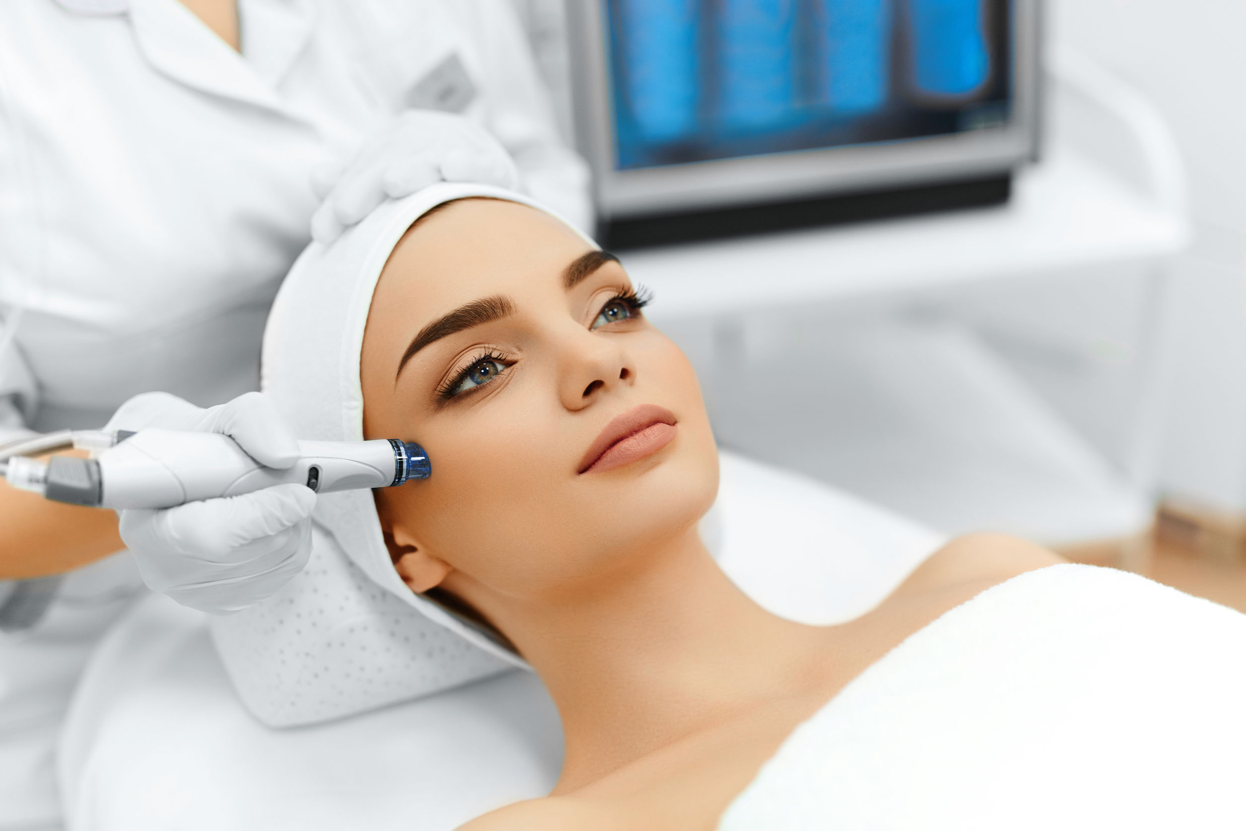 beauty salon, waxing, eyebrow shape, microdermabrasion, hydrodermabrasion, skin needling