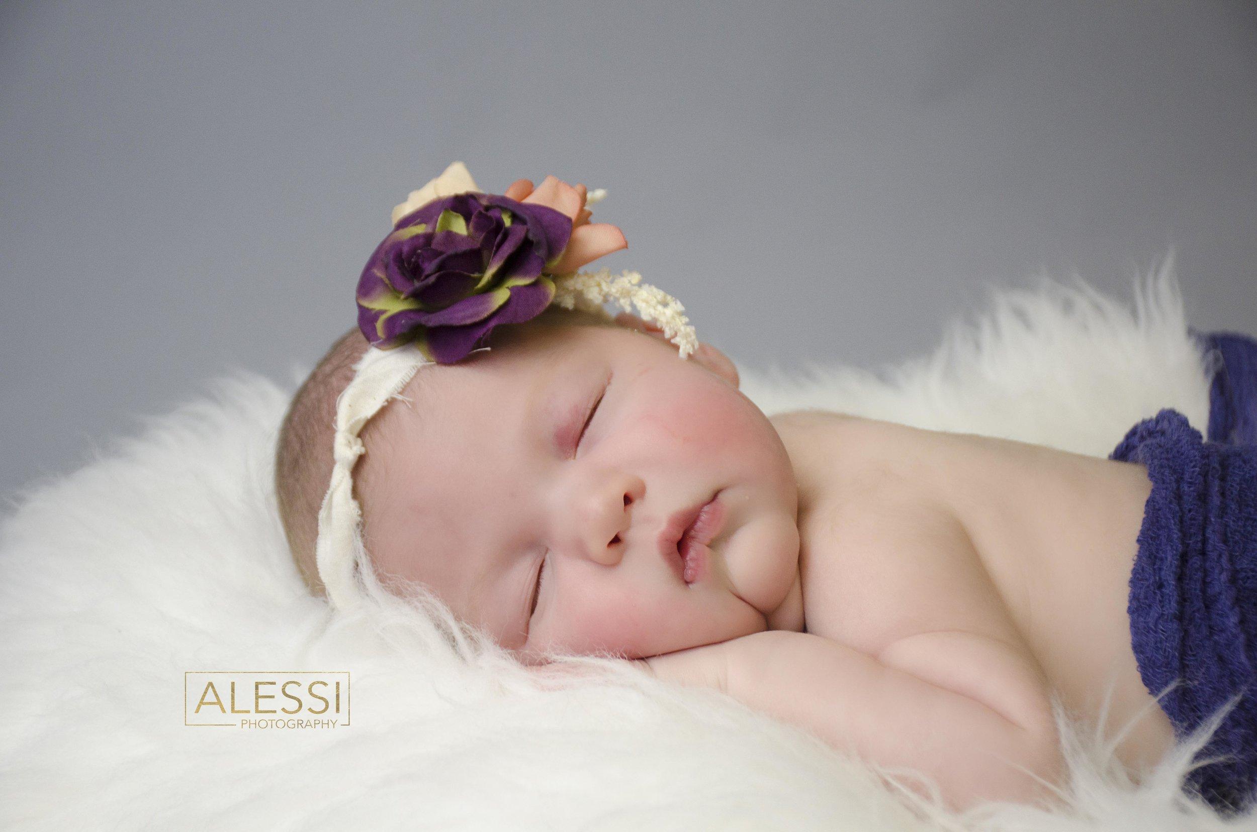 Newborn_P4 copy.jpg