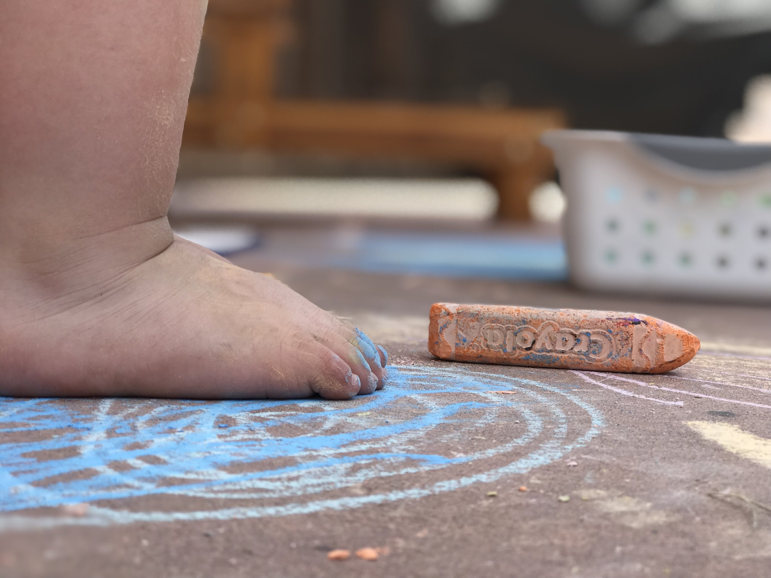Chalk toddler toes