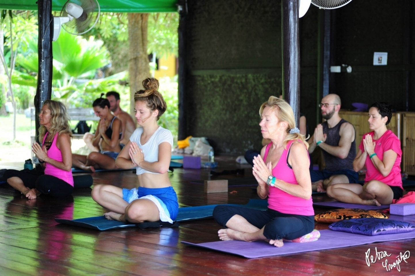 yoga teacher training - 1love1heart