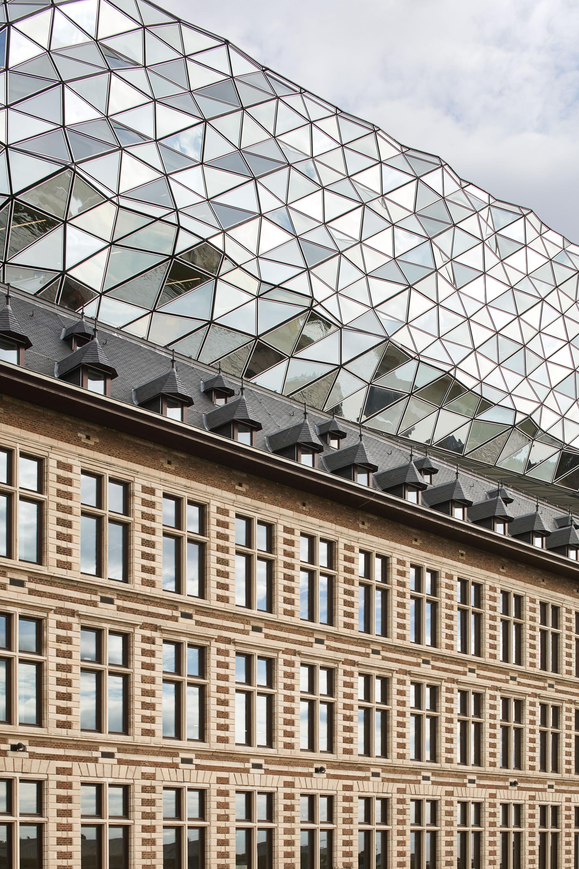 ZHA_Port House_Antwerp_∏Hufton+Crow_002.jpg
